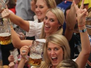 Oktoberfest attira sei milioni di bevitori