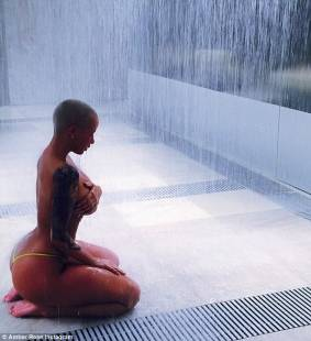 amber rose in topless