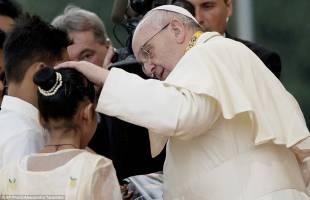 papa a manila 2915281 image a 8 1421596939334