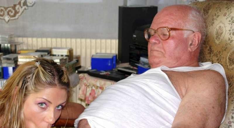 nonni gay che fanno pompini