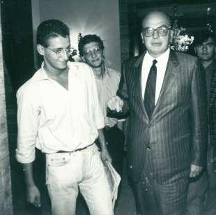 1991. bettino craxi al residence ripetta roma con luca josi