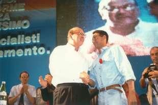 1991. bettino craxi congresso nazionale bologna 4 con luca josi