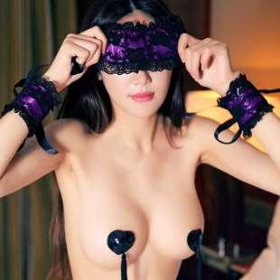 sesso in maschera 1
