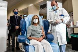 coronavirus vaccinazione al niguarda di milano