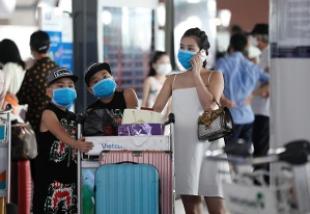 la pandemia affossa il turismo