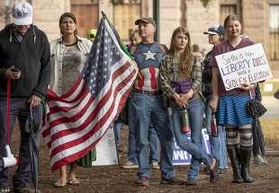 manifestazioni pro trump in texas