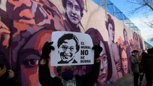 proteste per salvare il murale