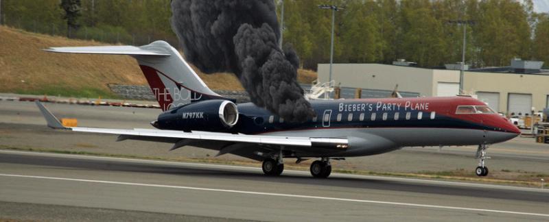 Aereo Privato Justin Bieber : L aereo piu fumato del mondo il jet di justin bieber