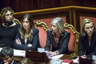 MARIANNA MADIA MARIA ELENA BOSCHI STEFANIA GIANNINI FEDERICA MOGHERINI IN SENATO FOTO LAPRESSE