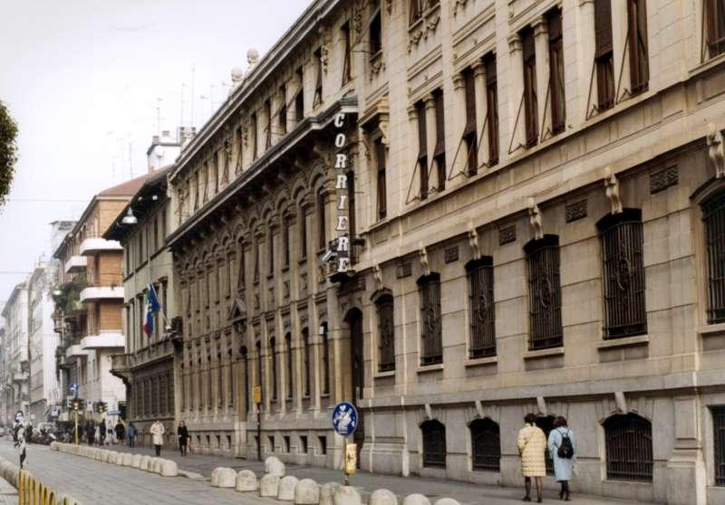 sede del corriere della sera in via solferino a milano 6