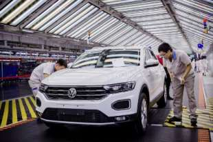 cinesi costruiscono volkswagen