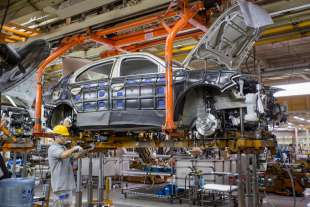 cinesi costruiscono volkswagen 2