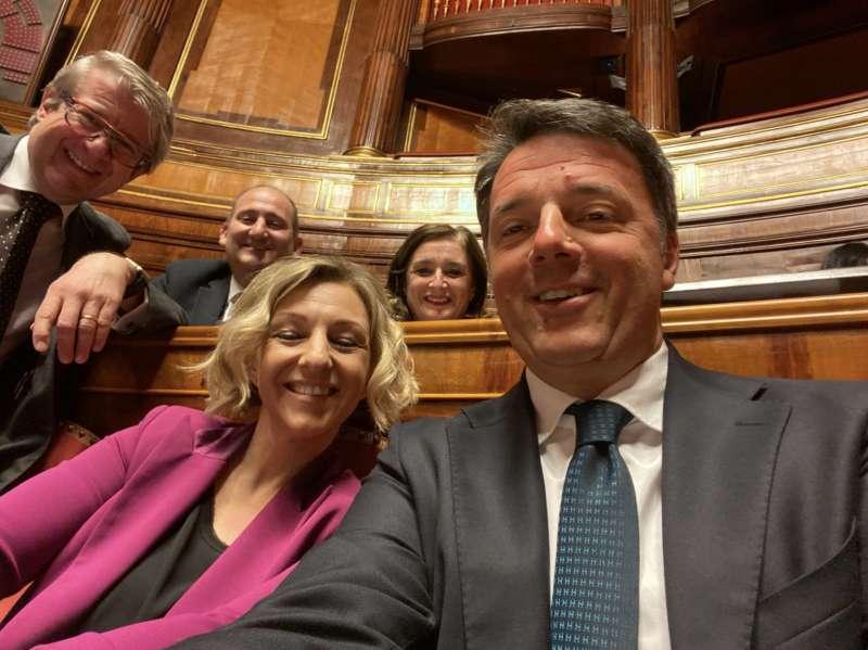 Matteo Renzi con Donatella Conzatti al Senato