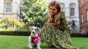 carrie symonds e il cane dilyn 3