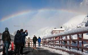cascate del niagara ghiacciate 12
