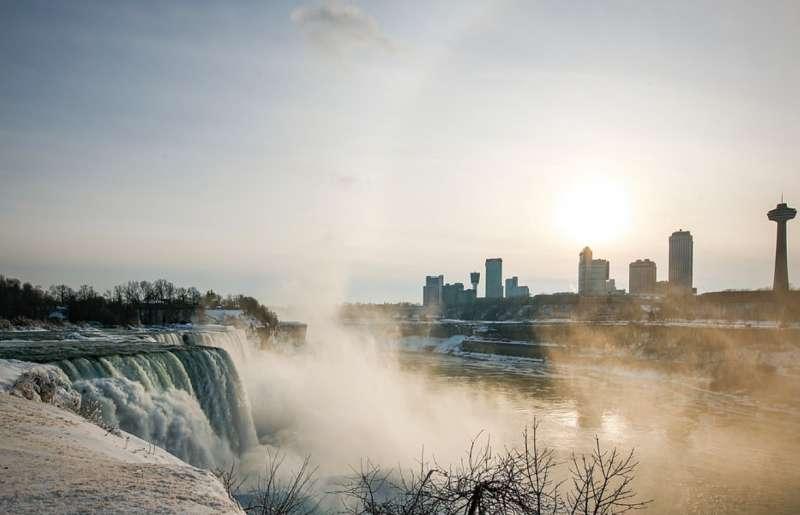 cascate del niagara ghiacciate 16