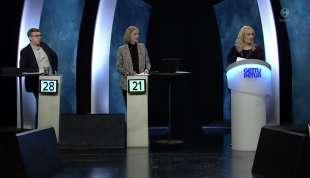 concorrente sbrocca durante il quiz gettu betur in islanda 1