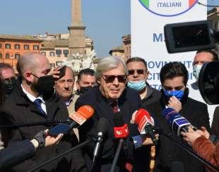 conferenza stampa di sgarbi a piazza navona foto di bacco (11)