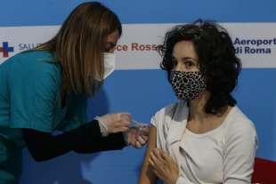 coronavirus vaccinazioni a fiumicino