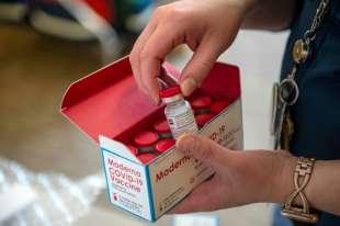 coronavirus vaccino moderna 2