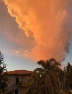 eruzione etna 1