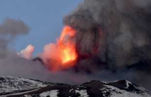 eruzione etna 17