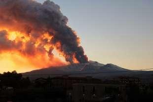 eruzione etna 2