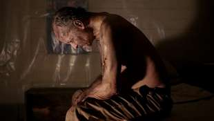 it comes at night 1