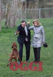 mario draghi con la moglie e il cane a villa borghese nel 2015 foto oggi 1