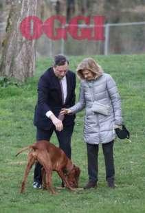 mario draghi con la moglie e il cane a villa borghese nel 2015 foto oggi 3