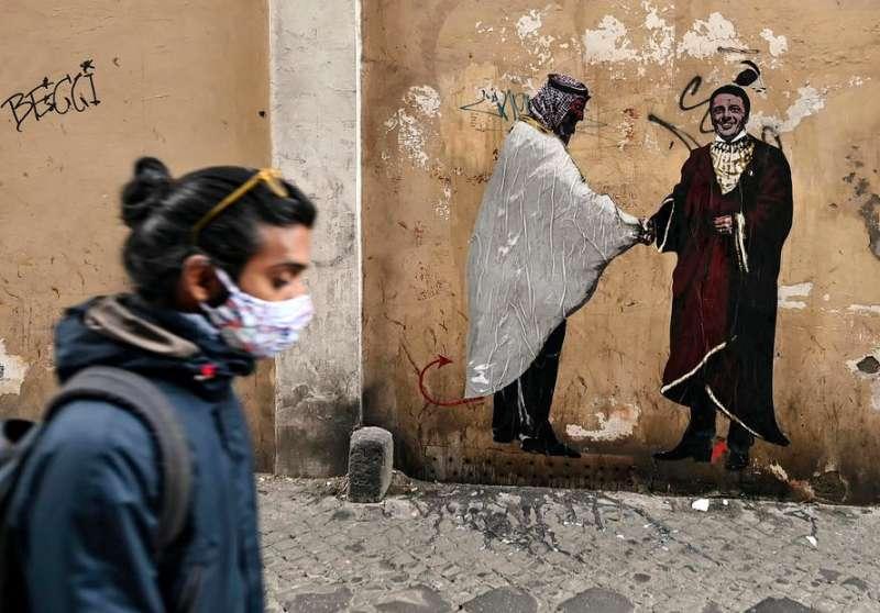 mohammed bin salman e matteo renzi il murale a roma 4