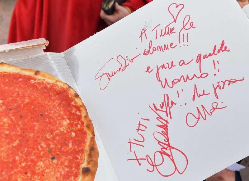 pizza con dedica