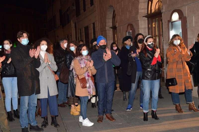 protesta lavoratori dello spettacolo foto di bacco