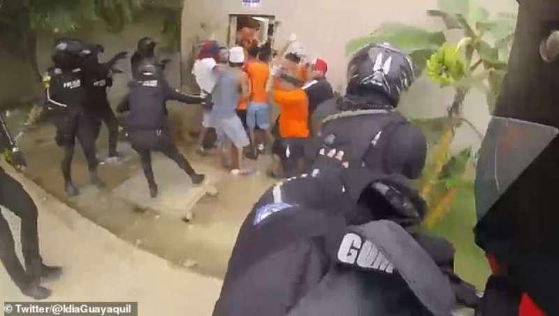 rivolta carcere ecuador 2