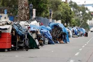senzatetto california