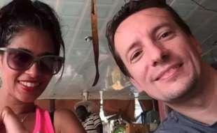 una foto di luca attanasio e la moglie