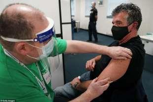 vaccino in gran bretagna