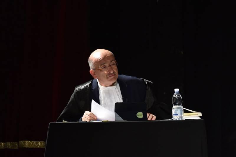 francesco paolo sisto avvocato difensore di lucrezia borgia