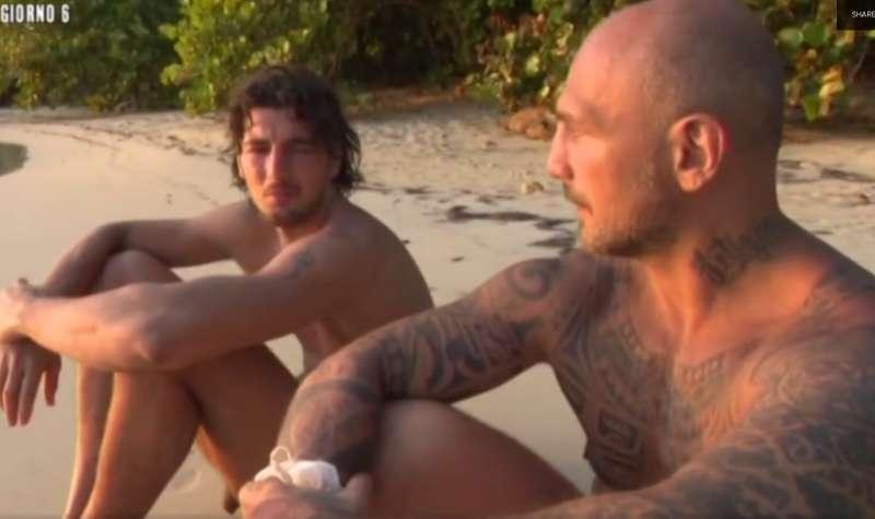 ragazzi gay superdotati massaggi porno bologna