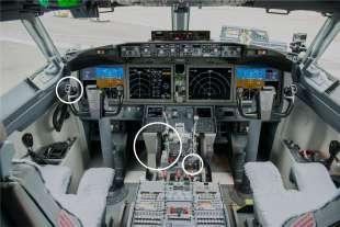 CABINA DI PILOTAGGIO DEL BOEING 737 MAX