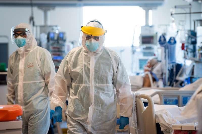 coronavirus il reparto di terapia intensiva del sant'orsola di bologna