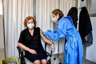 coronavirus - vaccinazioni all ospedale militare di baggio 1