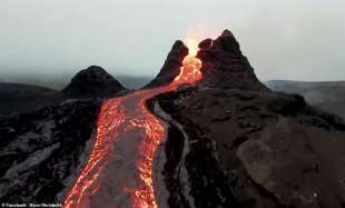 eruzione fagradalsfjall in islanda 1