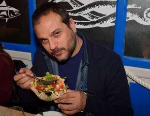 gennaro marchese mangia l insalatina foto di bacco