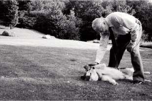 gianni agnelli con il suo cane