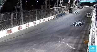 incidente alex lynn in formula e 2