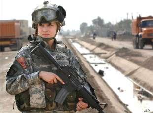 nuovo regolamento donne nell'esercito usa 11