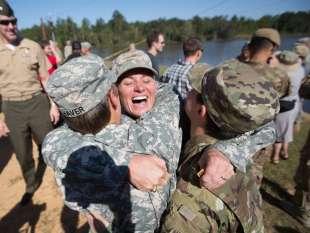 nuovo regolamento donne nell'esercito usa 12