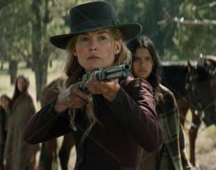 rosamund pike hostiles