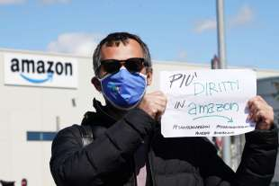 sciopero amazon in tutta italia